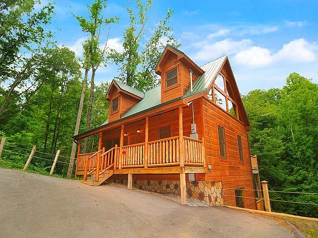 American mountain rentals pigeon forge tn resort for Cabins for rent in gatlinburg and pigeon forge tn