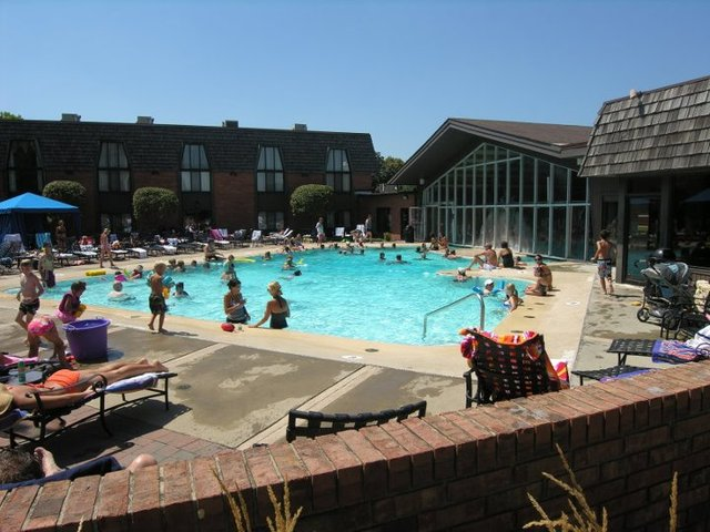 Pheasant run resort st charles il resort reviews for Chicago area spa resorts