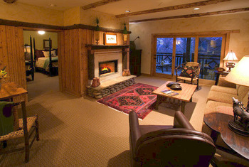 Suite Interior at The Lodge at Buckberry Creek