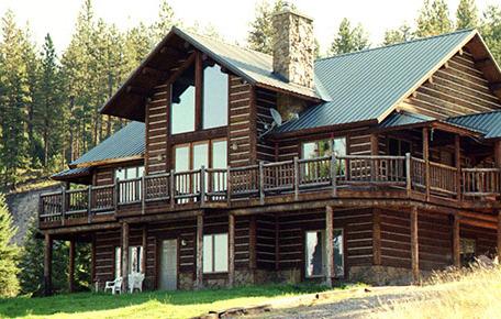 Exterior view of Montana River Lodge.