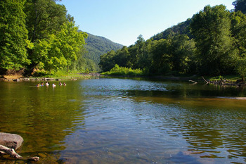 Scenic lakes at Berkeley Springs Cottage Rentals.