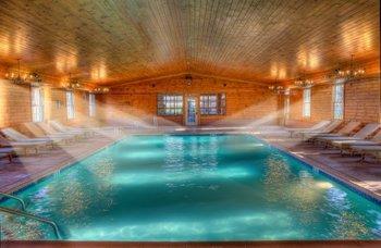 Indoor swimming pool at Stroudsmoor Country Inn.