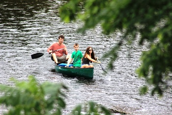 Canoeing at River Ridge Inn.