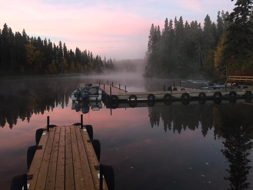 Wekusko falls lodge snow lake manitoba resort reviews for Manitoba fishing lodges