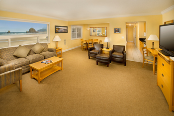 Guest living area at The Tolovana Inn.