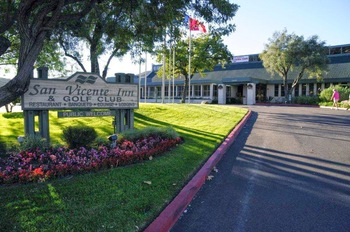 Exterior view of San Vicente Golf Resort.