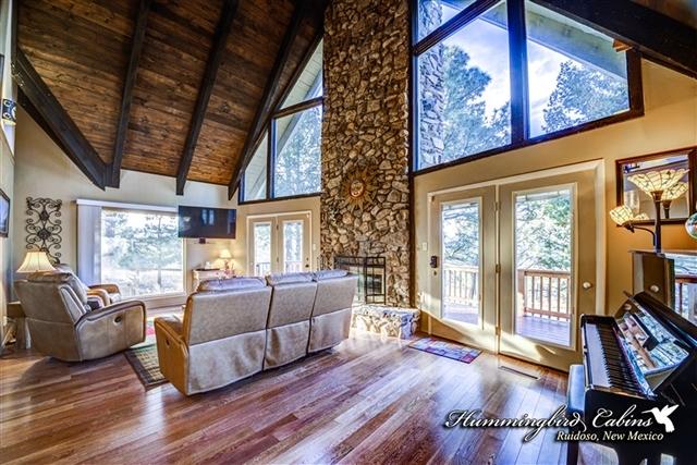 Ruidoso vacation rentals cabin new mexico 39 s hidden gem for 6 bedroom cabins in ruidoso nm