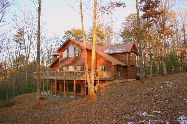 Georgia mountain cabin rentals blue ridge for Mountain laurel cabin rentals blue ridge ga
