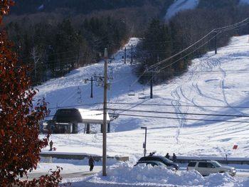 Skiing near North Conway Lodging.