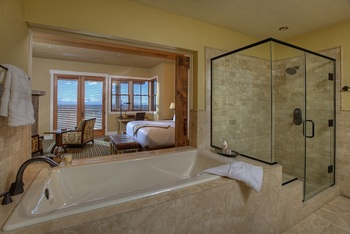 Suite Interior at Brasada Ranch