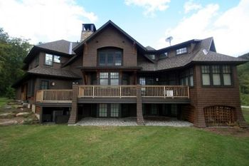 Vacation rental exterior view of Stowe Country Homes.