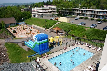 Edgewater hotel waterpark duluth mn resort reviews for Duluth mn resorts e cabine