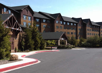 Rocky Gap Casino Resort exterior.
