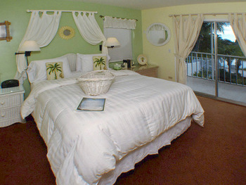 Guest room at Lakeside Inn Marco Island.