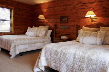 Guest bedroom at Teton Valley Lodge.