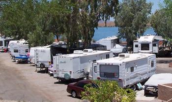 RV resort at Havasu Springs Resort.