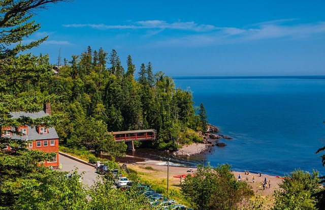 Summer exterior view of Lutsen Resort on Lake Superior.