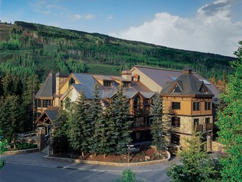 Exterior view of Vail Mountain Lodge & Spa.