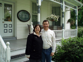 Couple at Stonegate Bed & Breakfast.