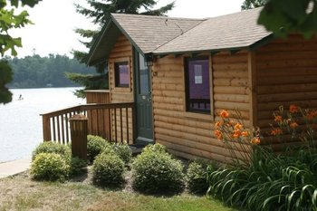 Cabin exterior at Ruttger's Bay Lake Lodge.
