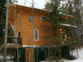 Chalet exterior at Kramer Pond Lodge.