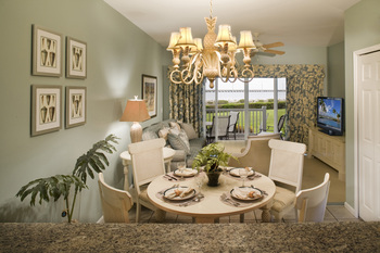 Guest dining room at Hawks Cay Resort.
