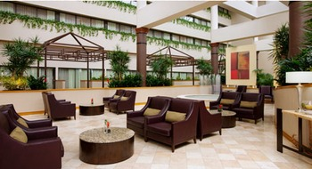 Lounge area at Wyndham Houston West.