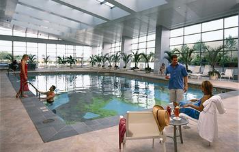 Indoor pool at Mohegan Sun.