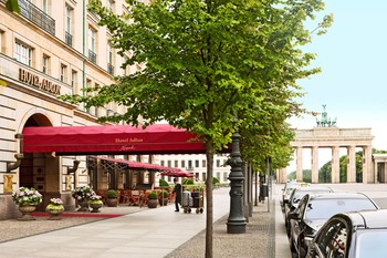 Exterior view of Hotel Adlon.