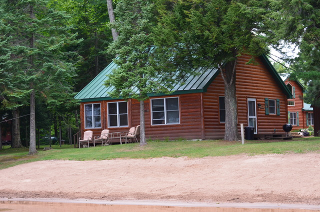 Birch trail resort lac du flambeau wi resort reviews for Wisconsin fishing lodges