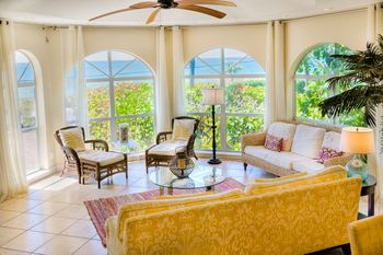 Vacation rental interior at Royal Shell Vacations.