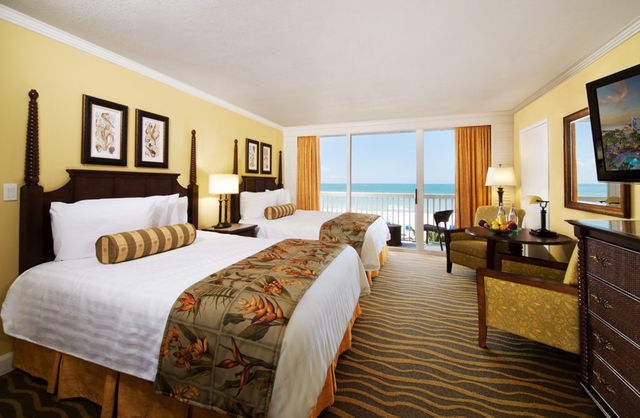 Double Bed Room at TradeWinds Island Grand
