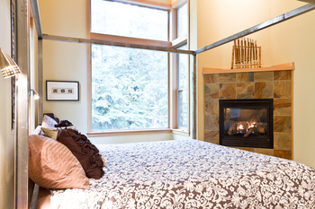 Rental bedroom at Luxury Getaways.