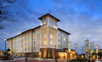 Exterior View of Hotel Indigo Jacksonville Deerwood Park