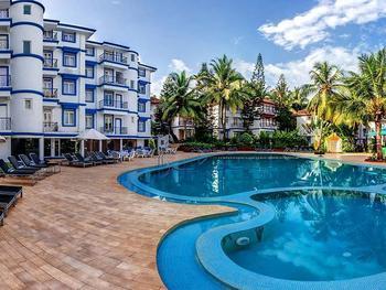 Outdoor pool at Royal Goan Beach Club-Royal Palms.