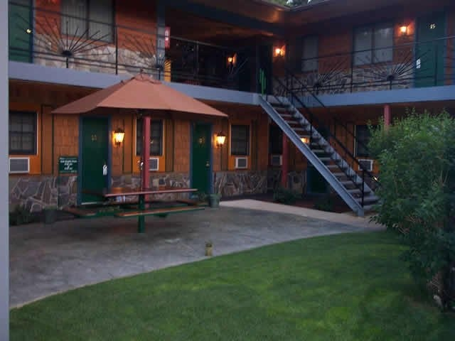 Cedar Wood Inn Deadwood Sd Resort Reviews