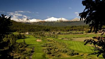 Golf course near Range View Rentals.