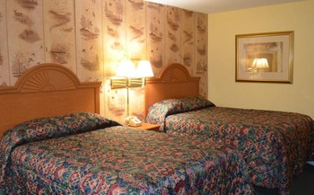 Guest Room at the Paramount Motel