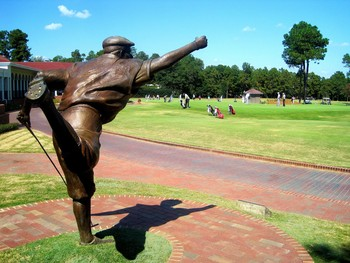 Golf statue at Pinehurst Resort.