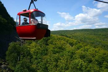 Gondola ride at Eagle Ridge at Lutsen Mountains.