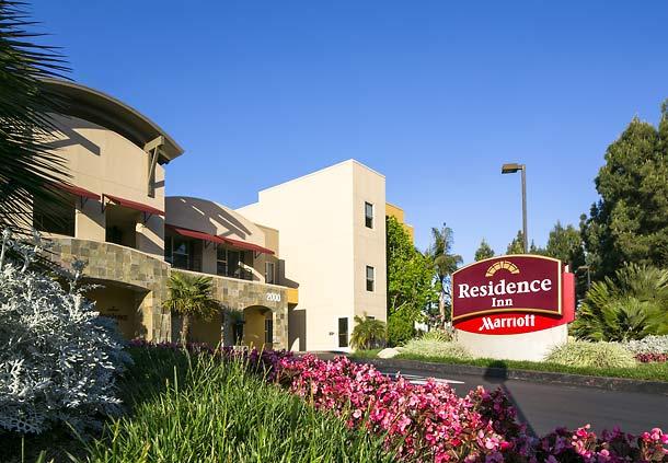 Exterior view of Residence Inn San Diego Carlsbad.