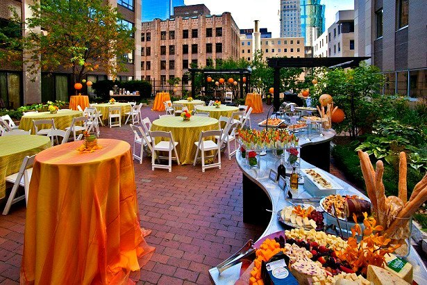 Rooftop Reception at Crowne Plaza Minneapolis