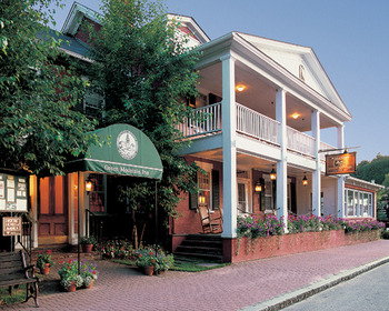 Exterior view of The Green Mountain Inn.
