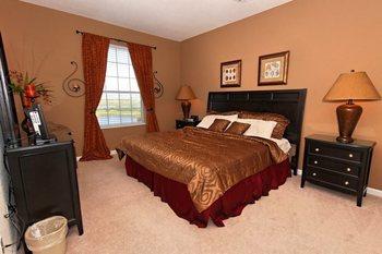 Vacation rental bedroom at Vista Cay Inn.
