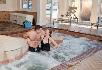 Whirlpool at The Meadowmere Resort