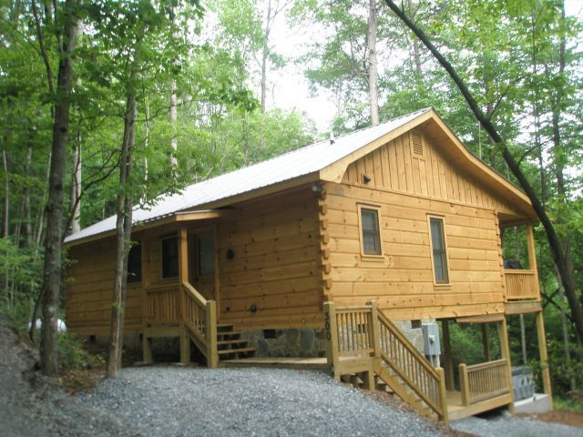 Blue Ridge Vacation Rentals Cabin New Secluded 2 Bedroom Cabin Overlooking Private Pond