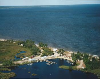 Aerial view of Morris Point Lake View Lodge.