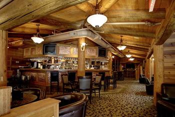 Lodge restaurant at Tigh-Na-Mara Resort.