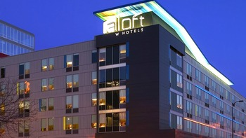 Exterior view of Aloft Minneapolis.