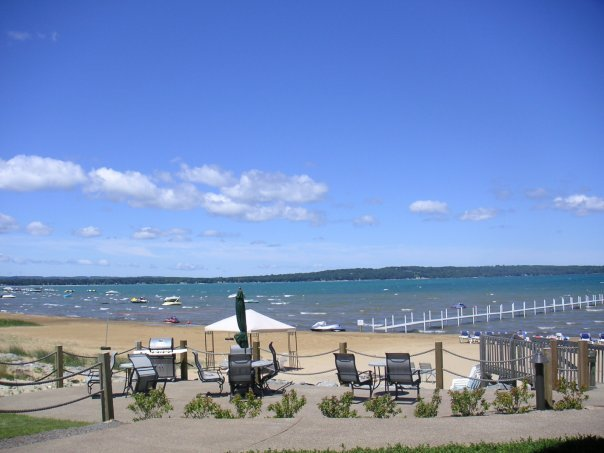 The beach at Tamarack Lodge.